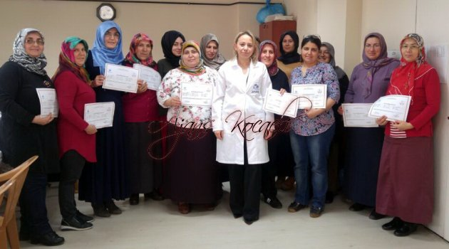 Çınarlı'da kursiyerlere sertifika