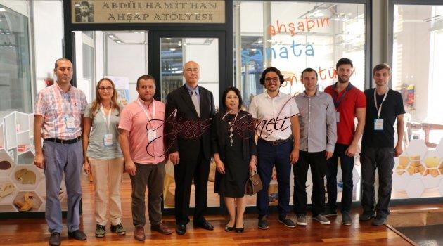 Japon Başkonsolos Bilim Merkezi'ni ziyaret etti