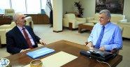 Başkan Karaosmanoğlu, Derince Kaymakamı Yılmaz'ı konuk etti